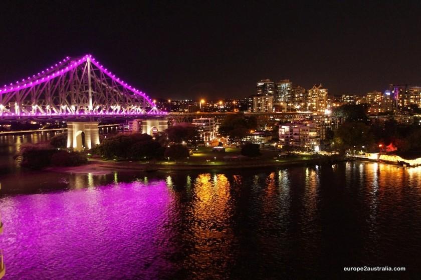 Story Bridge by night