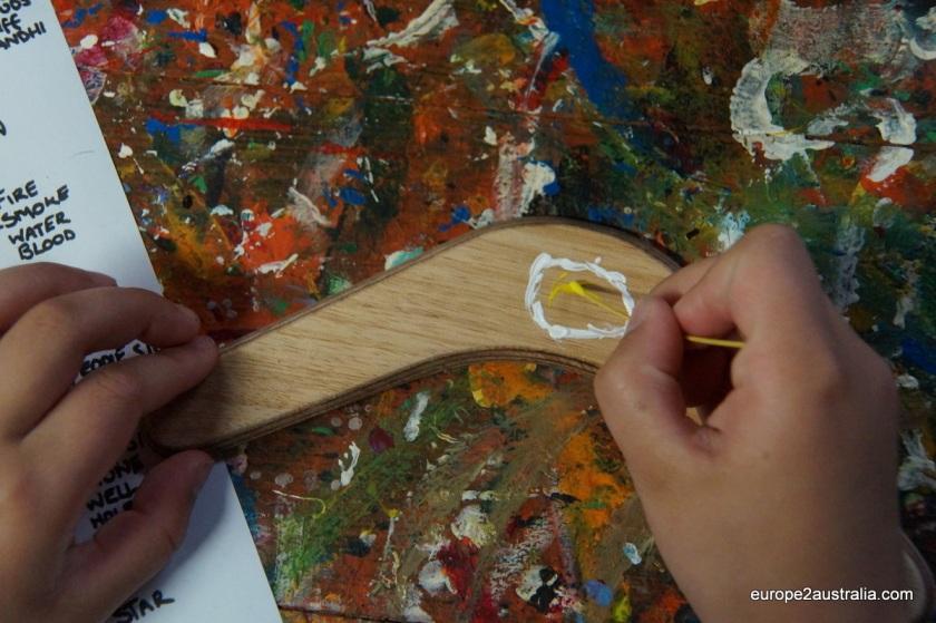 Making an Aboriginal painting