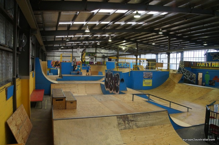 The skatepark is situated in an industrial hall and made of plywood.