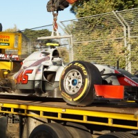 F1 crash in Melbourne