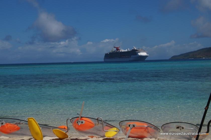 glass-bottom-boat-mystery-island