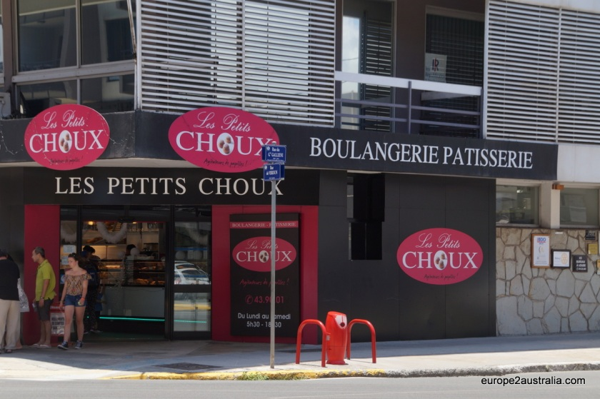 Even the bakery - pardon, le boulangerie - is decidedly French and offers baguette, croissonts and pain au chocolates. Yumm.