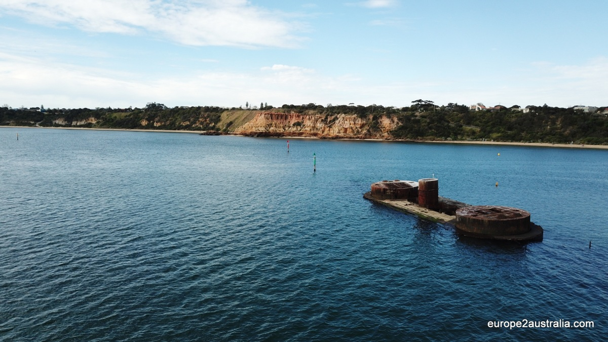 Walking in Melbourne: Red Bluff beachwalk