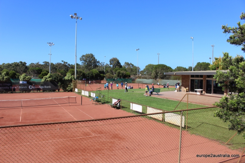tennis-on-a-hot-melbourne-day (1)